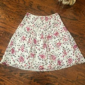 St. John Sport Fit-and-Flare Gray Floral Skirt